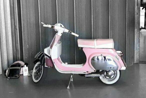 Pink vespa PK