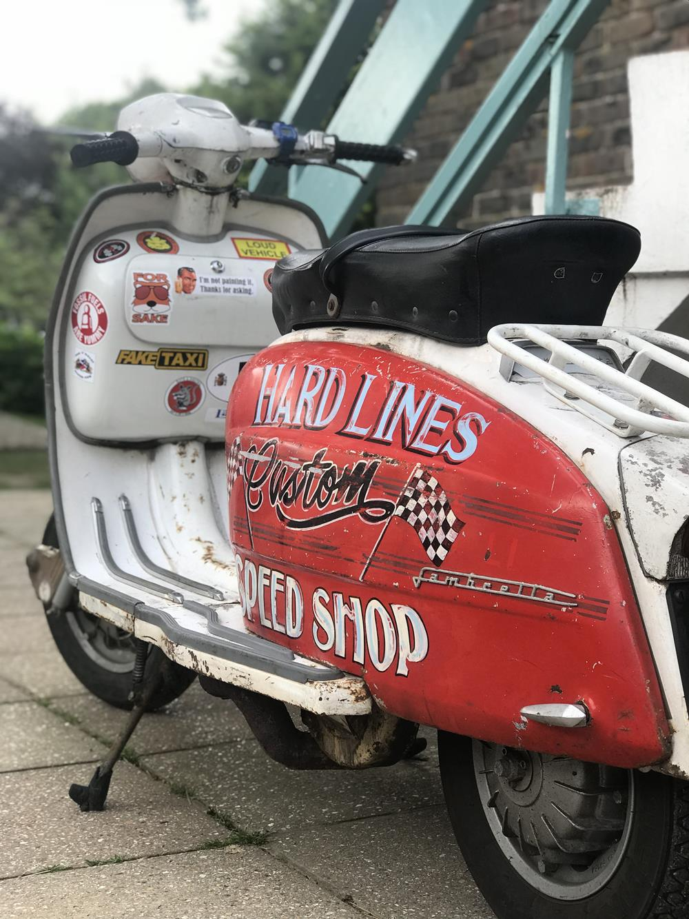 Hard Lines Custom Speed Shop signwriting on Lambretta side panel