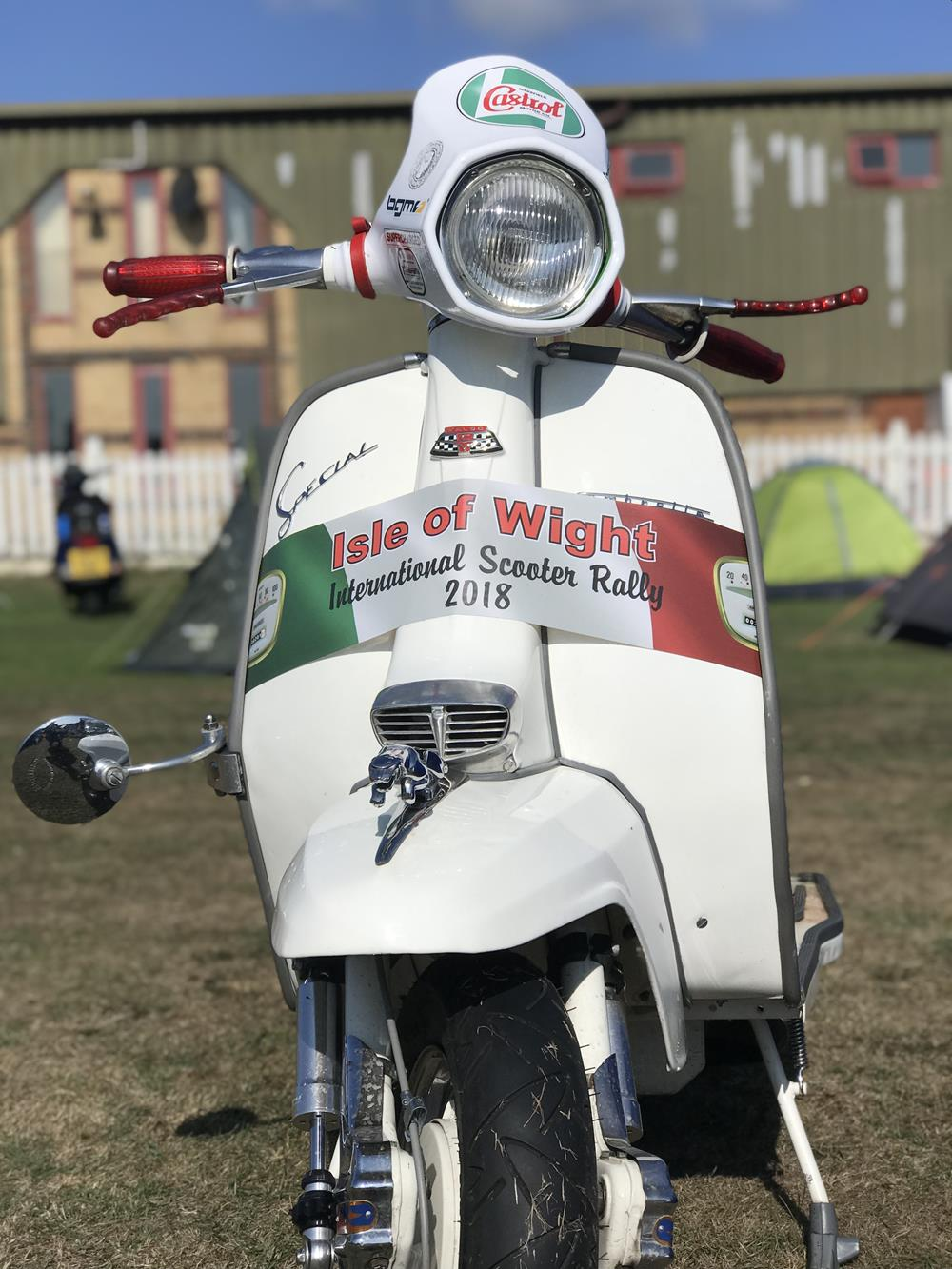 Lambretta with Isle of Wight scooter rally legshield banner