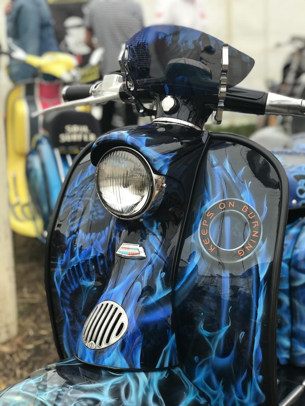 Series 1 Lambretta, Keeps On Burning, front legshield murals and mini flyscreen