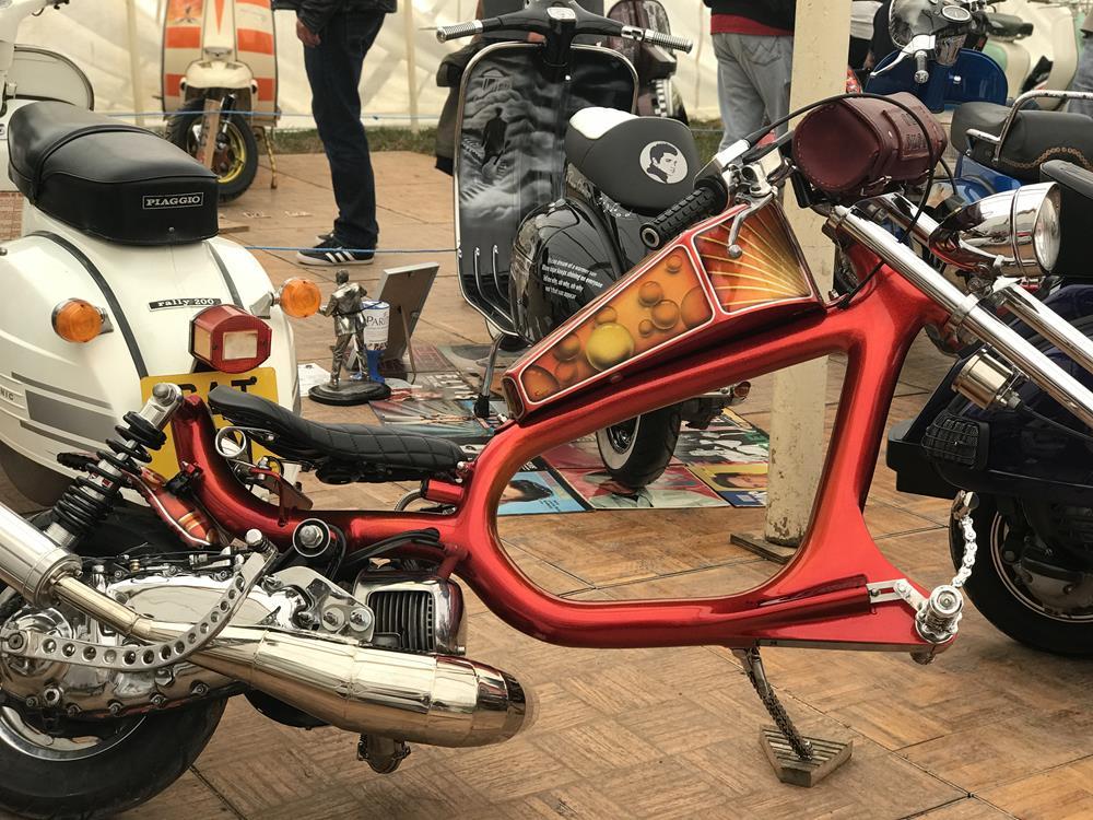 Red Lambretta chopper, Old Skool