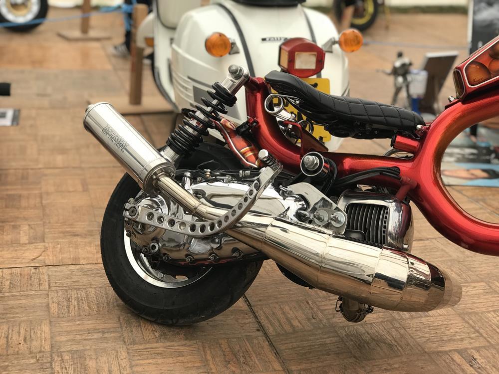 Chrome engine on Old Skool custom Lambretta chopper
