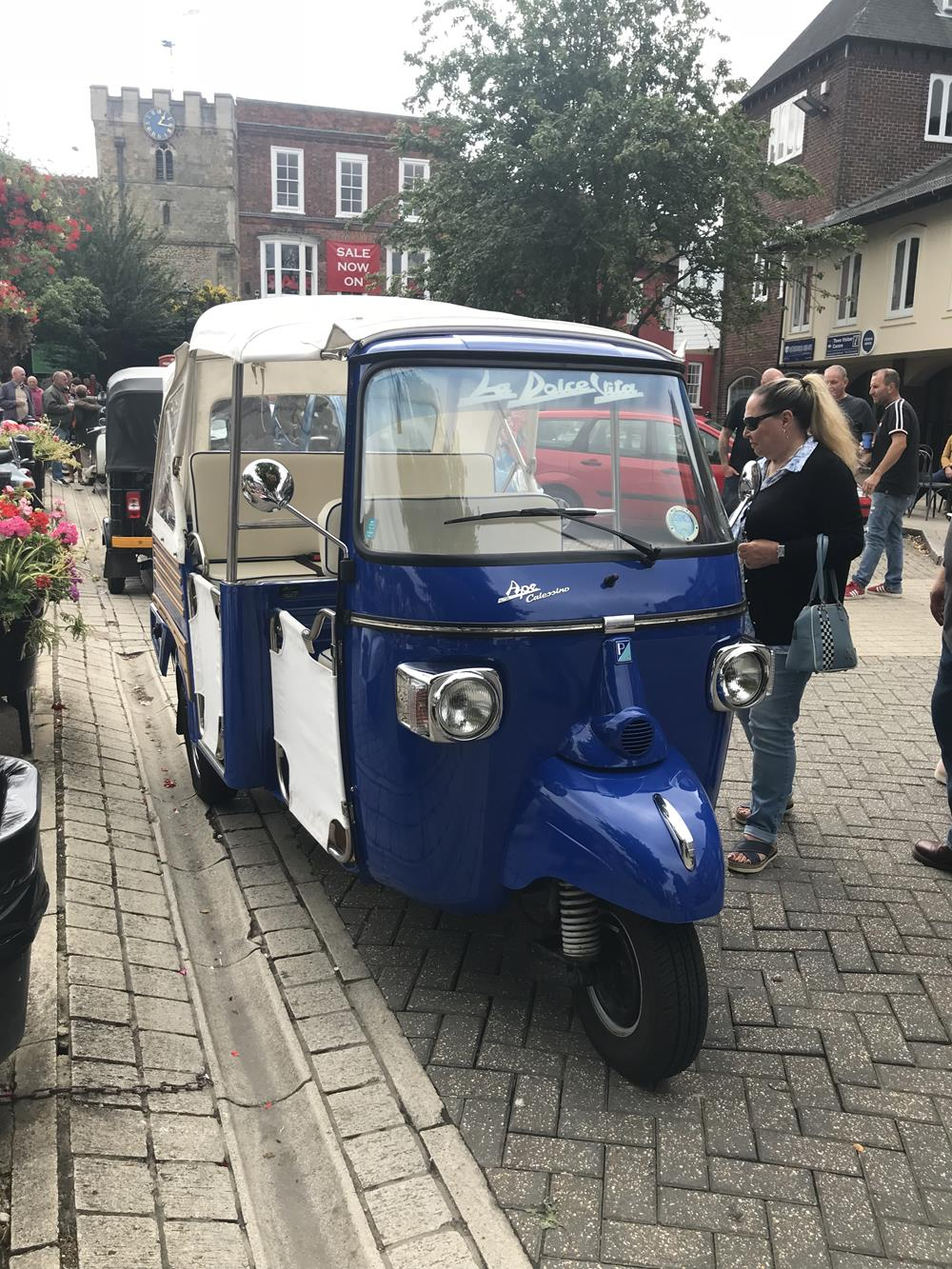 Scooter Sunday alldayer in Petersfield • Diary of a Detour