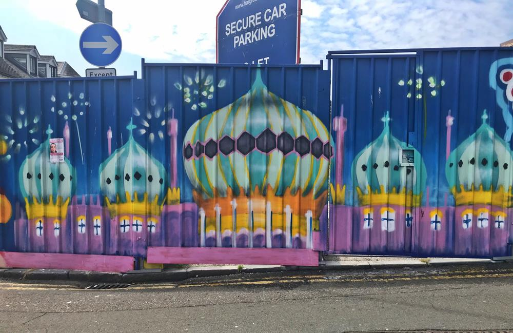 Brighton Pavilion street art by Glimmertwin 32