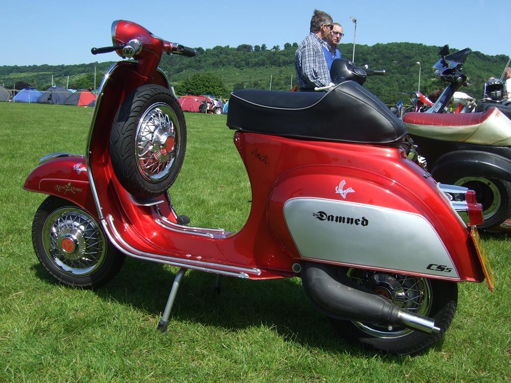 Red and silver custom Vespa smallframe