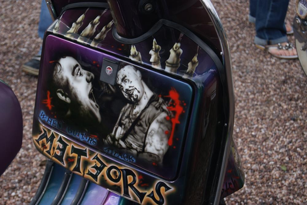 Vespa toolbox with Meteors murals