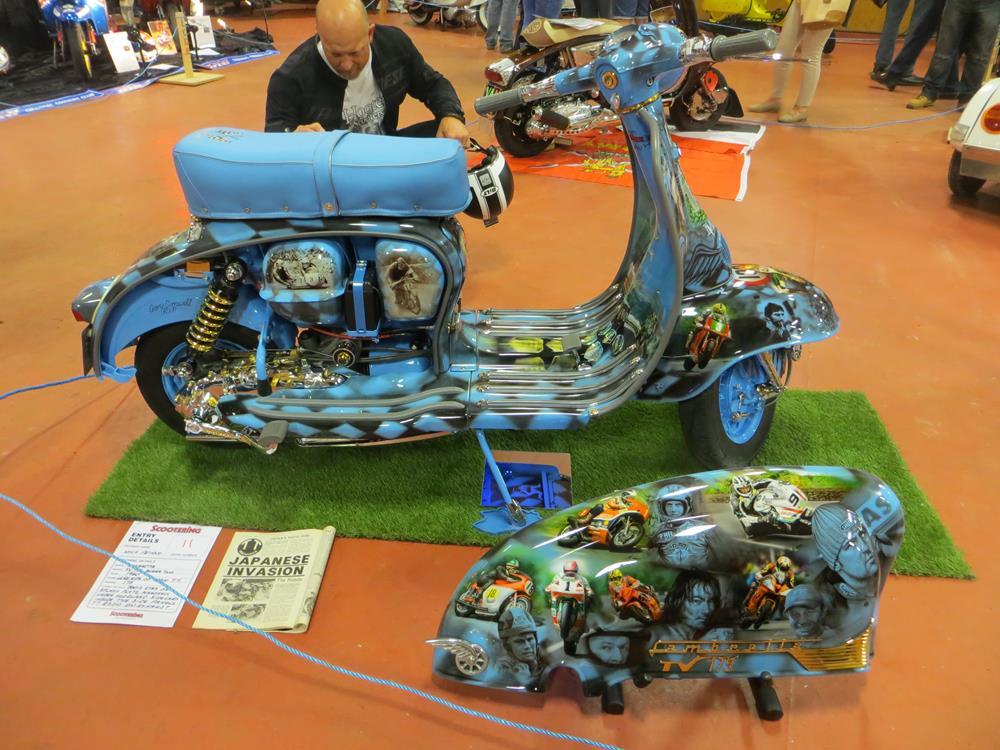 Race themed custom Lambretta