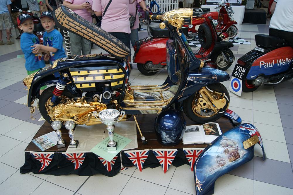 One of the best ever custom Vespas and Lambrettas, Trafalgar