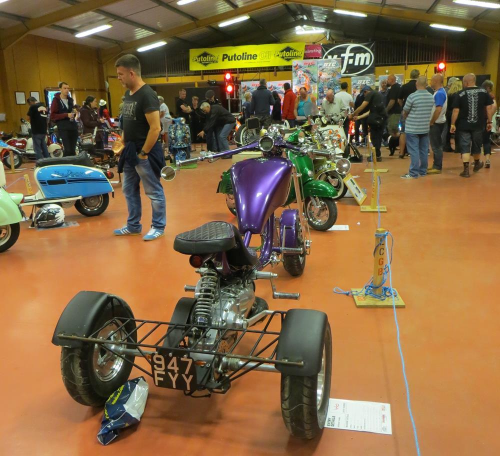 Lambretta purple trike at the Isle of Wight custom show