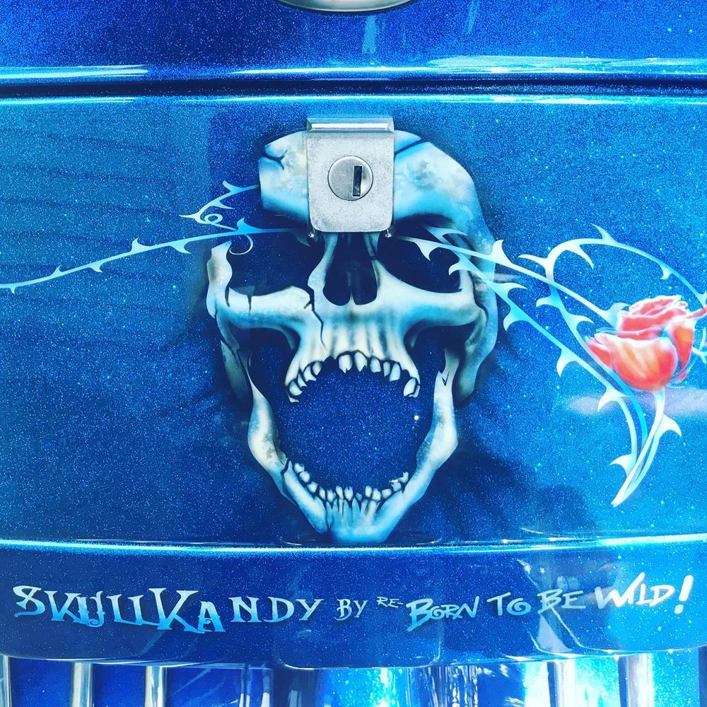 Skull mural on Vespa toolbox