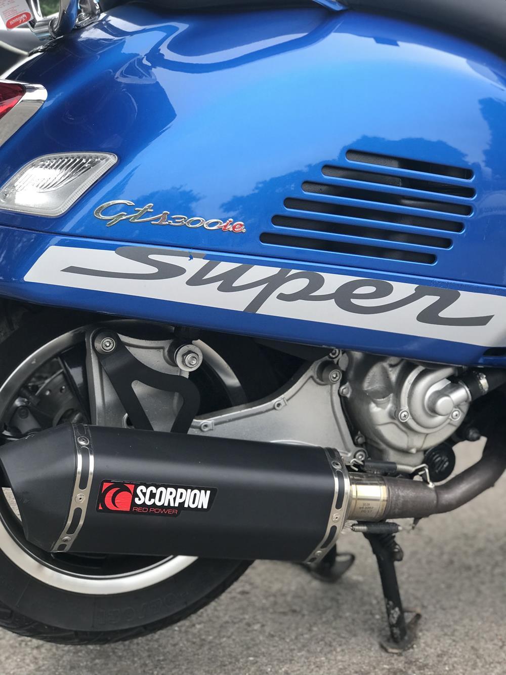 Vespa GTS Scorpion exhaust